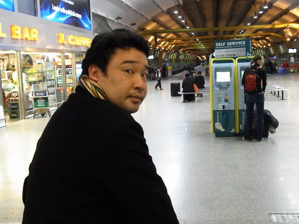 ローマ:テルミニ駅にて
